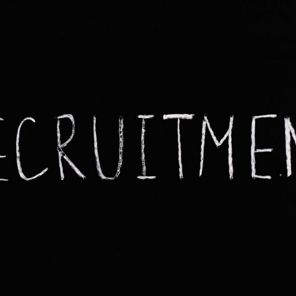 sign recruitment
